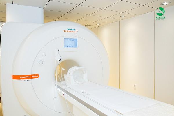 Hình ảnh thu được từ chụp MRI có độ sắc nét rất cao, chi tiết giải phẫu rõ ràng