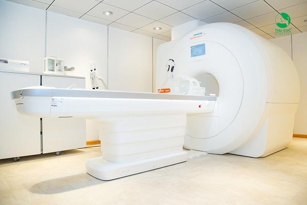 tham vấn Chụp MRI não có ảnh hưởng gì không