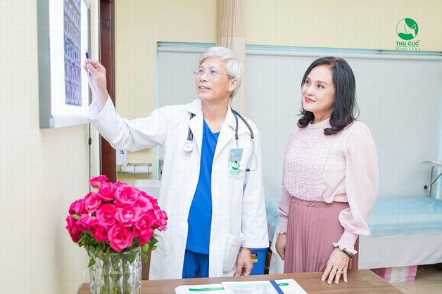 Điều trị thiếu máu não ở người già với bác sĩ chuyên khoa