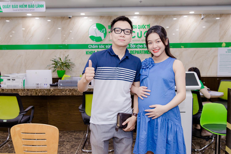 Các mốc khám thai quan trọng - Mẫu ảnh Mạnh Khánh Chi khám thai tại bệnh viện ĐKQT Thu Cúc