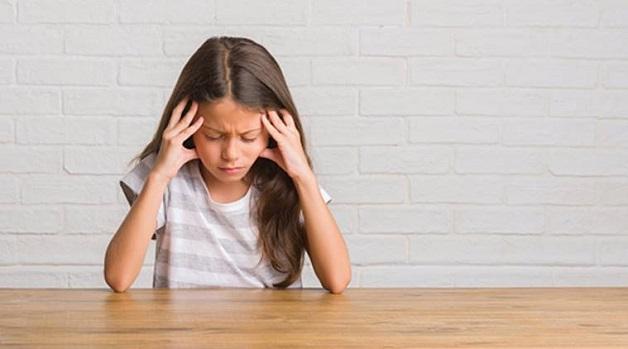 phòng bệnh đau đầu ở trẻ