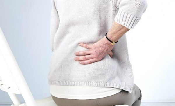 Bệnh loãng xương gây đau nhức