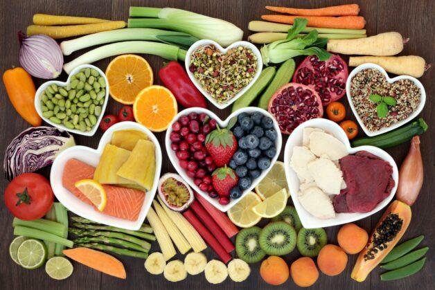 Chế độ ăn uống hợp lý giúp điều hòa kinh nguyệt
