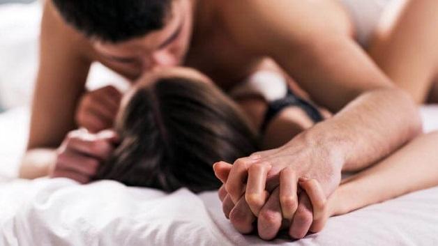 Không nên quan hệ sau khi đeo vòng tránh thai