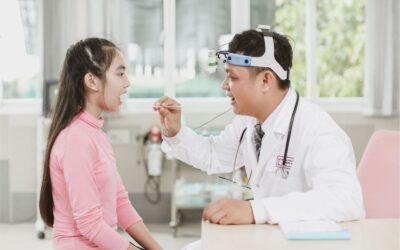Khám sức khỏe cho học sinh và những vấn đề phụ huynh cần biết