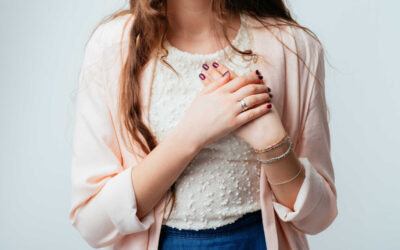 U xơ tuyến vú lành tính là gì và có đáng lo ngại không?