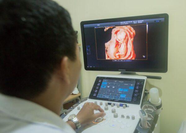Ở mốc siêu âm 16 tuần mẹ bầu có thể cảm nhận được các cử động của thai nhi