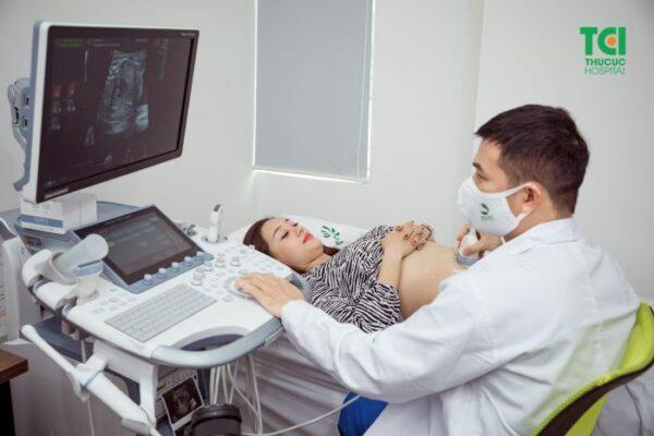 Thời điểm tốt nhất để siêu âm theo dõi tim thai là tuần 22 đến tuần thứ 26 của thai kỳ.