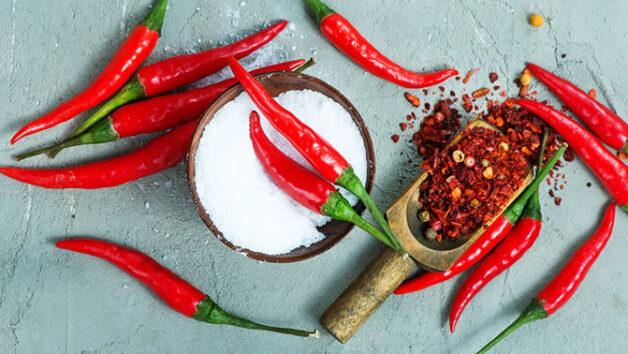 Hạn chế ăn đồ cay nóng để giảm thiểu nguy cơ mắc các bệnh phụ khoa