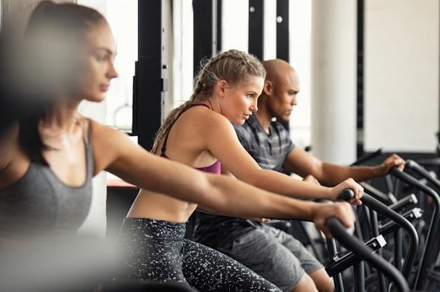 Đạp xe là một bài tập thể dục để rèn luyện thể chất. Có thể giảm căng thẳng và kiểm soát tình trạng viêm nhiễm trong cơ thể