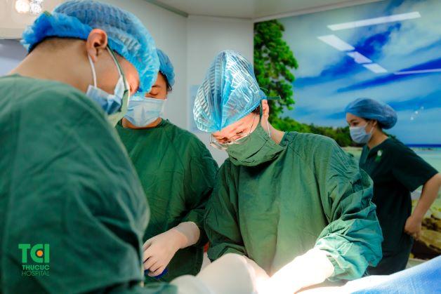 Phẫu thuật nội soi là phương pháp tiên tiến nhất hiện nay, được đánh giá cao về tính hiệu quả và an toàn.