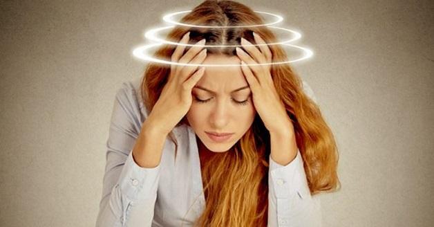 chóng mặt u tai đau đầu