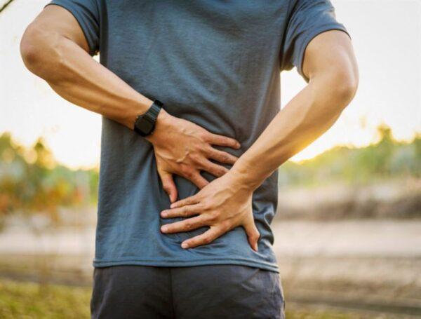 Sỏi tái phát dễ gây những nỗi đau đớn và ảnh hưởng đến chức năng thận.